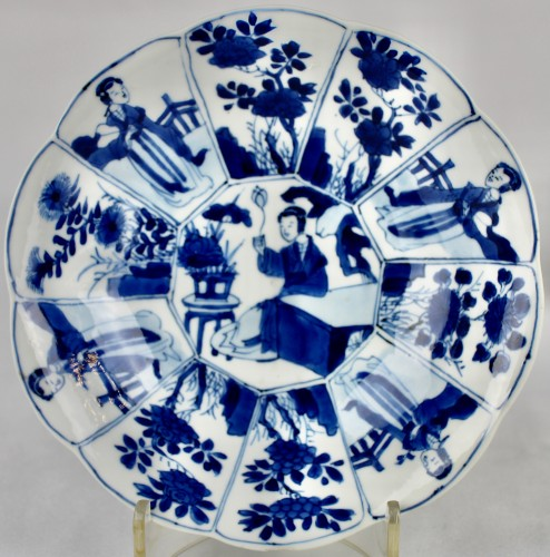 Asian Works of Art  - A pair of blue and white Long Elisas saucer dishes, Kangxi period