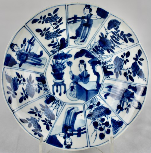 18th century - A pair of blue and white Long Elisas saucer dishes, Kangxi period