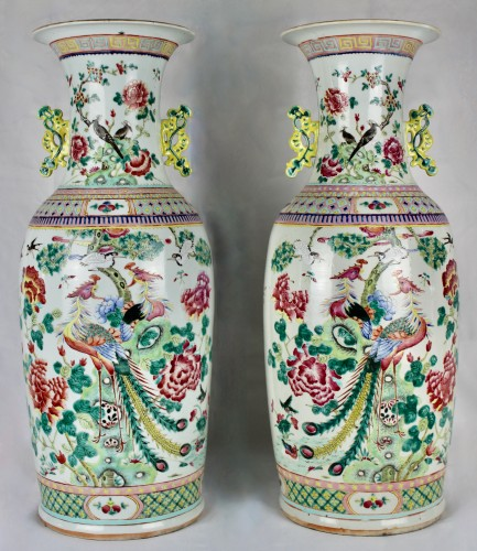 A Pair of large Chinese Famille rose vases with couples of birds, 19th cent -