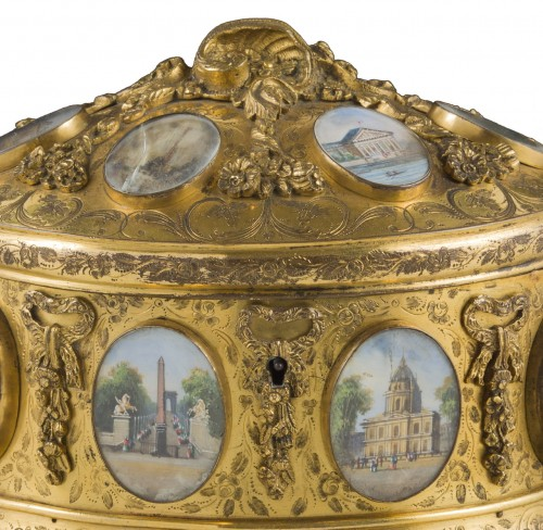 Objects of Vertu  - Late 19th century jewelry box signed Tahan Paris