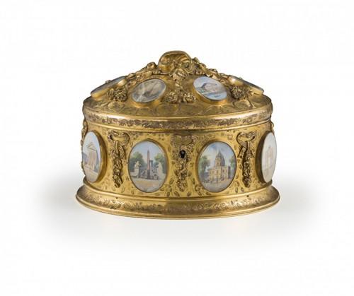 Late 19th century jewelry box signed Tahan Paris -