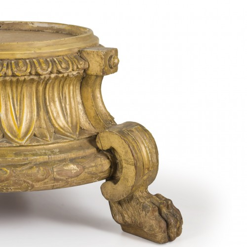 Decorative Objects  - 18th Century Wooden base
