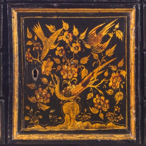 Cabinet in laquered and gilded wood, XVIII Century -