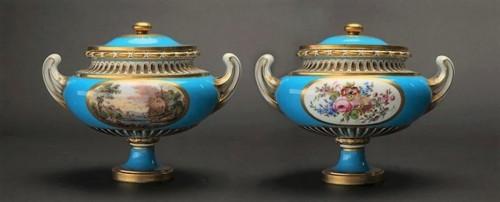 """A pair of Sèvres vases """"allemands unis"""" -"""