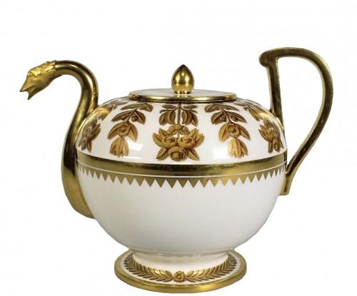 """A Sèvres """"étrusque"""" teapot"""