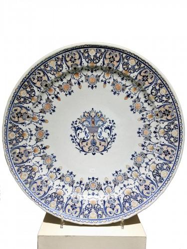 A large Rouen dish