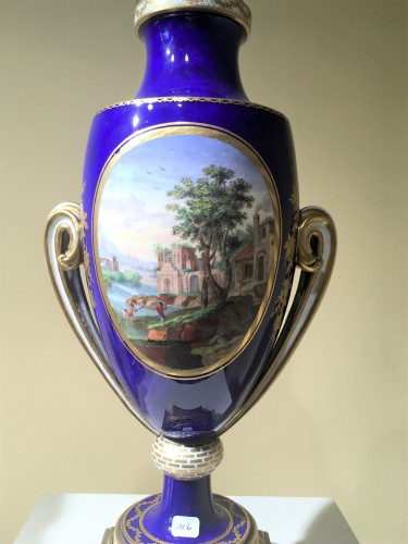 Porcelain & Faience  - A Sèvres pair of ovoid vases
