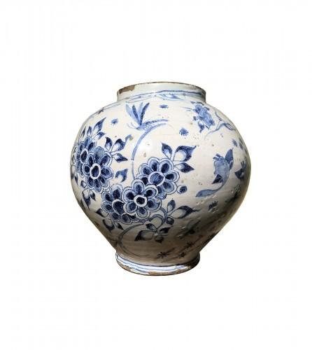A globular vase